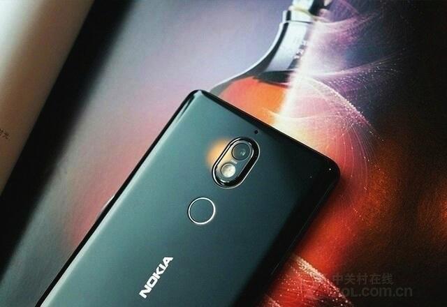 诺基亚新机预售在即,Nokia 7无赖直降400,网友直呼价