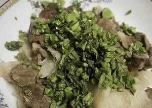 『肉丁』推荐理由:椿芽牛肉香肠、川味肉丁、川味牛排