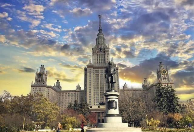留学在俄罗斯:隔离房四人一间,警察曾来宿舍查护照,5月返校难