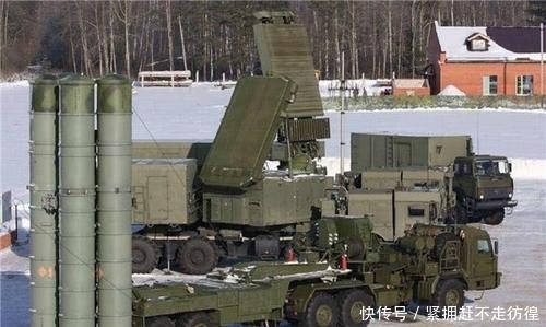 『开火』40个导弹营一级战备,美战机敢越界直接开火,俄:没有商量余地