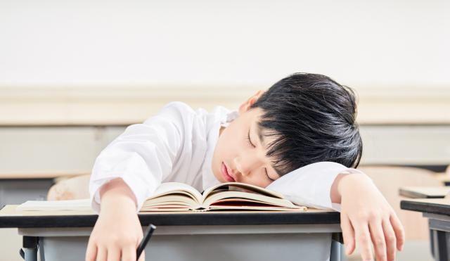 <b>孩子成绩好坏是学校的责任?家长如果这样想,那就大错特错</b>