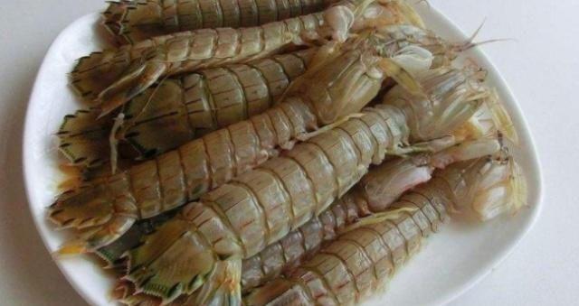 『吃起来』煮皮皮虾的时候是开水还是凉水?很多人不明白导致虾球缩小不新鲜