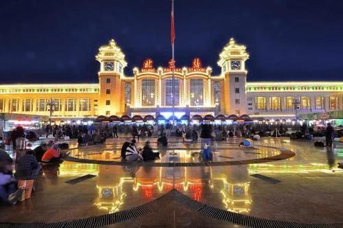 中国首列全卧铺火车,全程727公里不设停站点,乘客一觉睡到终点