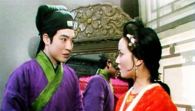 """王熙凤和贾瑞镜中云雨的背后,暗示了王熙凤身上有一个""""坏毛病"""""""