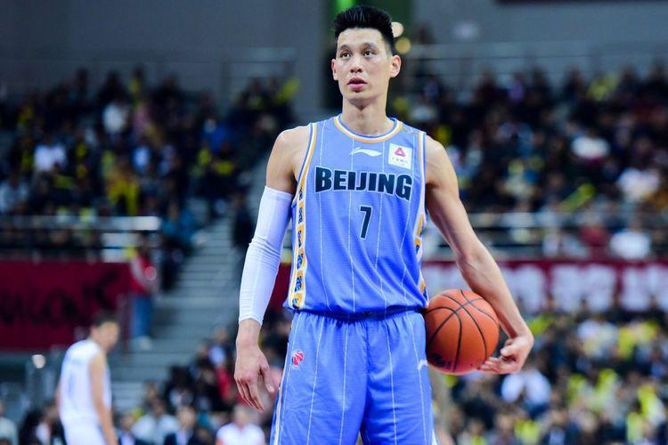北京男篮正式替换林书豪,雅尼斯被迫启用双外援,一新星将受重用