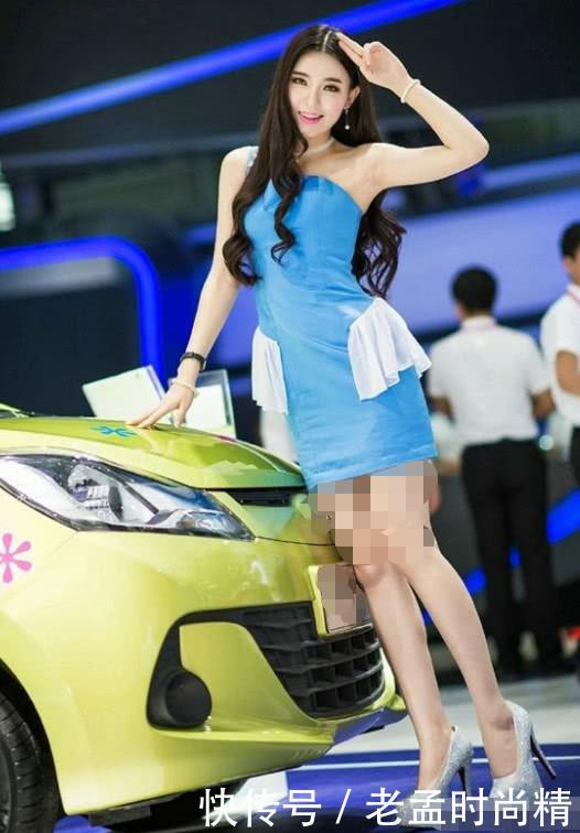 本田真有眼光, 时尚车模站台, 吸引众多车友围观