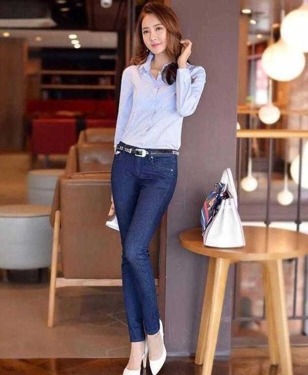 大方典雅的牛仔裤美女,拉长身材曲线 热点 热图3