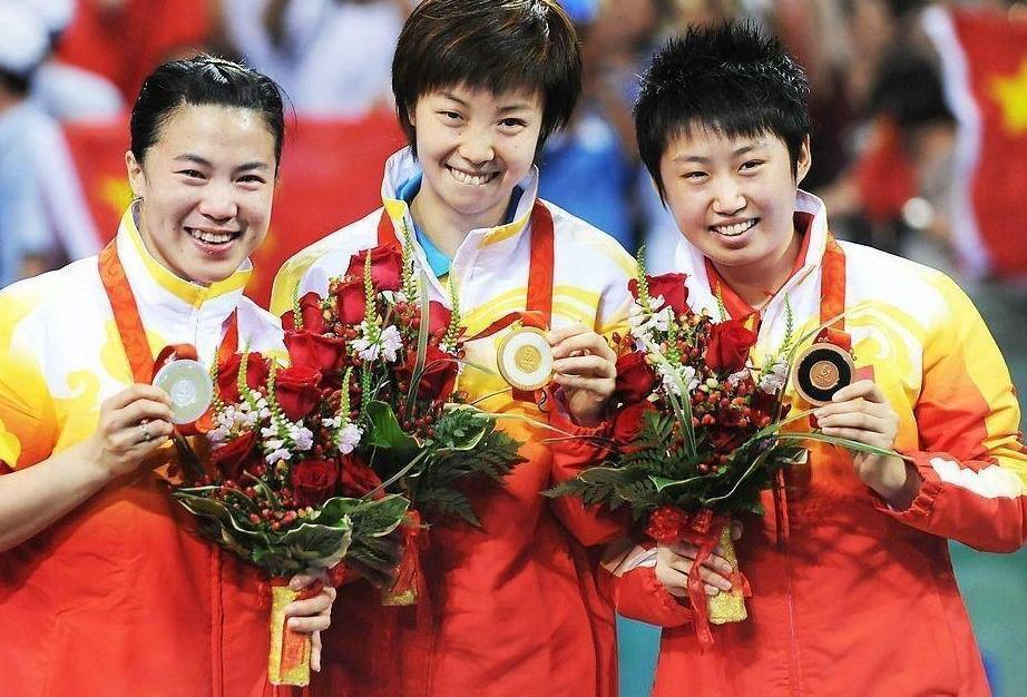 乒乓奥运冠军近照,颜值高女神范十足,被嫌弃没文化,退役上清华