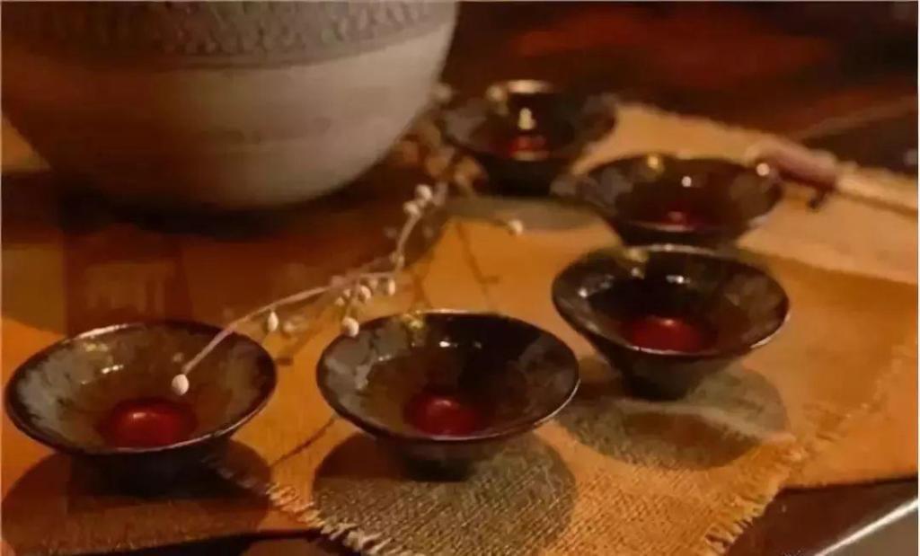 冬季喝酒的养生之道 喝什么酒较健康?