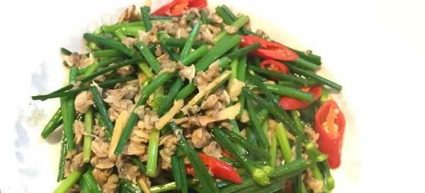 『韭菜花』韭菜花的正确炒制方法,味道鲜美,好吃又下饭,方法超简单