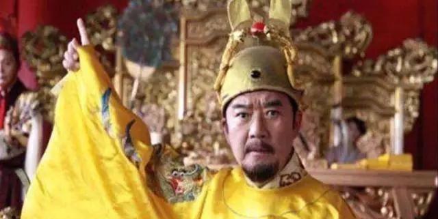 朱元璋亲自发明的刑罚,专治这类女子,他的妃子是第一个受刑之人