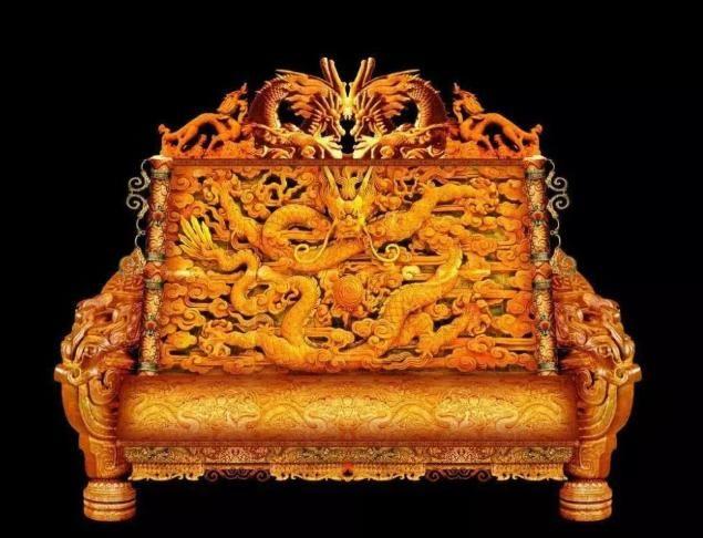 『敢坐』故宫最怪异的一把椅子,专家都无法解释原因,如今无人敢坐!