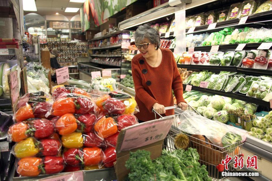 [加拿大安大略省省长]加拿大安大略省省长赴华人超市购物以示支持_【快资讯】