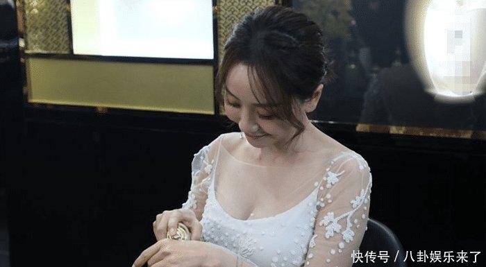 当38岁杨蓉撞上29岁李沁,终于知道清纯与风尘的差在哪了