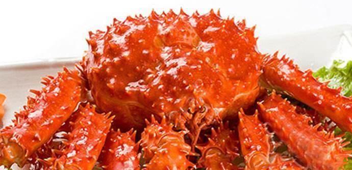 「有钱人」吃帝王蟹,为啥有钱人只吃蟹腿不吃蟹身?看完才知,里面大有讲究