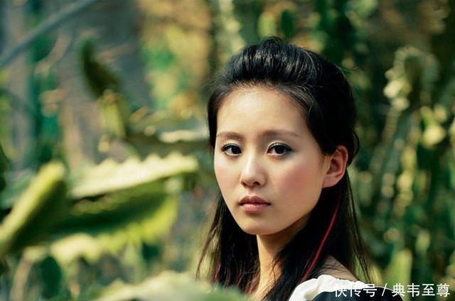 刘诗诗母亲年轻时如花似玉,不输女星,网友难怪刘诗诗这么漂亮