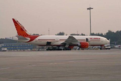 欠债太多,印度航空恐倒闭,民众却拍手称快:最好现在就关