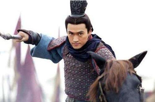 """『皇帝』此人一连杀了6个皇帝,造反成功,篡位后被称""""第一帝"""""""