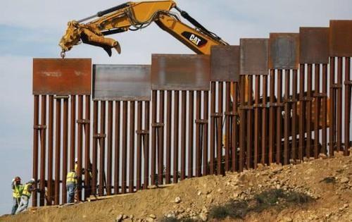 美墨边境墙造得如火如荼,68%的墨西哥人却不相信这能挡住移民