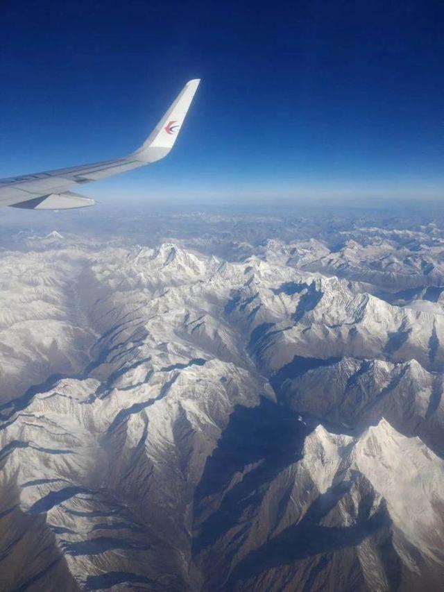 航拍角度下的西藏美景分享
