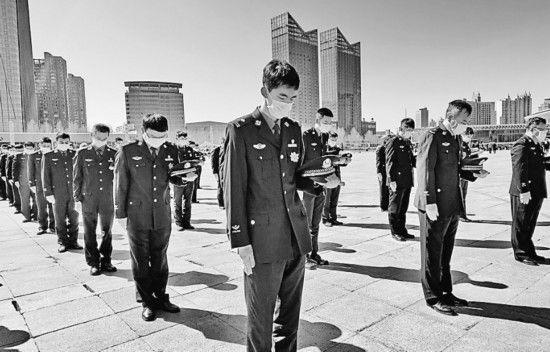 黑龙江省各地各界举行多种形式的哀悼活动