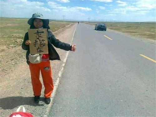 为何川藏线的老司机后悔搭载女背包客,原因让人特别无语!