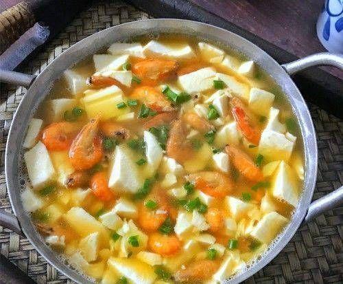 『河虾』推荐美食:麻酱焖猪肚、虾豆腐汤、木耳扒豆腐