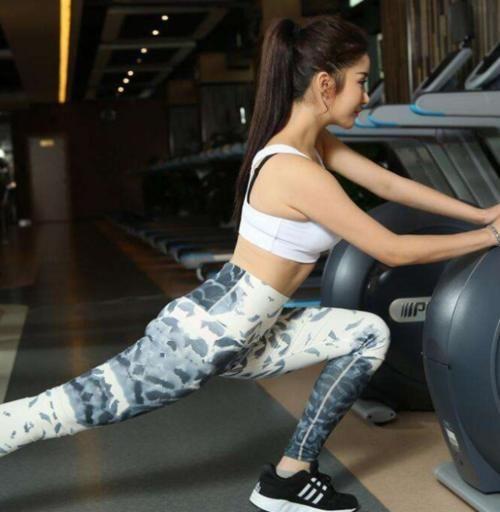 25岁韩国气质美女坚持健身,如今拥超高颜值 热点 热图4
