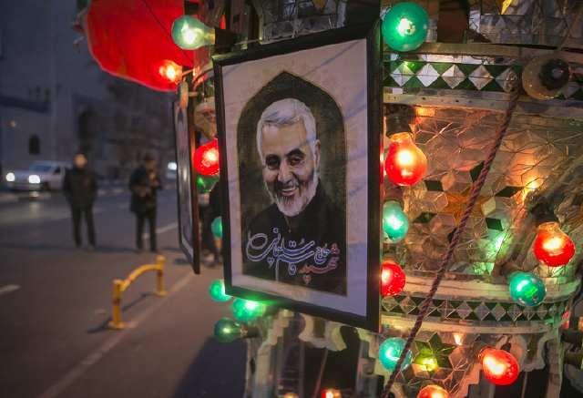 伊朗悼念高级将领