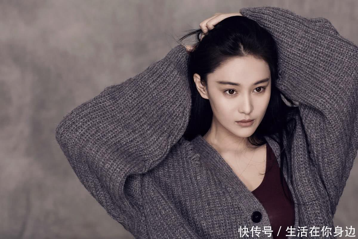 张馨予代购鞋子被骗6900元引发网警关注网友:军嫂你也敢骗!