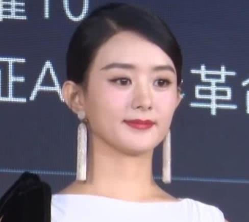 """赵丽颖产后首次亮相,看到""""生图""""下的她,网友:这还是颖宝吗?"""