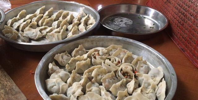 【荞头】实拍广东农村荞头饺子的做法,简单美味,非常的好吃,你吃过没?