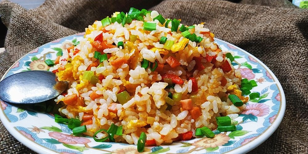 【米饭】剩米饭别再炒着吃,教你懒人做法 健康又营养,孩子特别爱吃