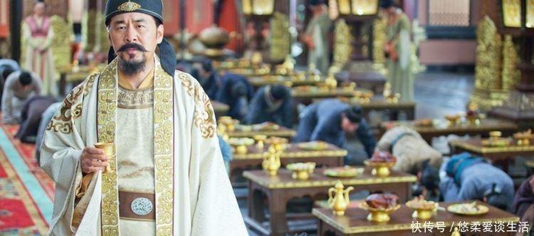 """『杯酒释兵权』赵匡胤设宴""""杯酒释兵权"""", 却唯独漏掉了此人, 15年后此人篡位为帝"""