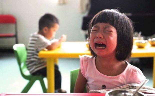 孩子身体■咳嗽了多喝水?3种水不能给孩子喝了,满满全是细菌,没一点好处