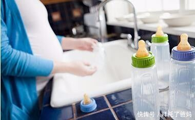 金牌月嫂:别用这2种方式给宝宝洗奶瓶了,越洗越脏,最终坑了宝