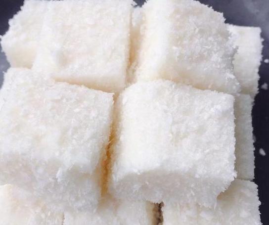 『牛奶』外面卖几十块钱的高级甜点,在家5块钱就能做出来,香甜软糯好吃