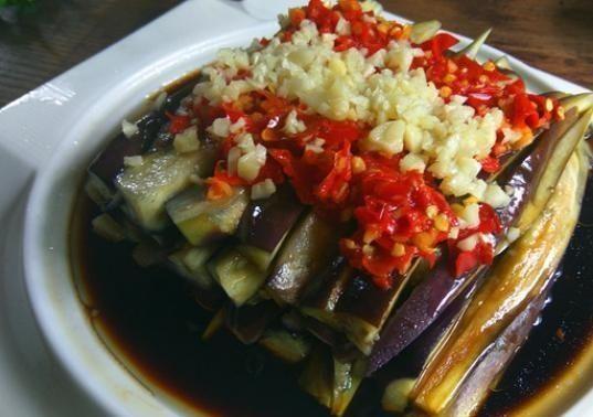 『茄子』用切碎的辣椒做茄子时,没有这些步骤,就不能使它美味