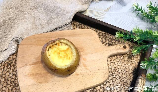 「我家」自从学会土豆这个做法,我家一周吃三次,鲜香美味,比吃肉还香