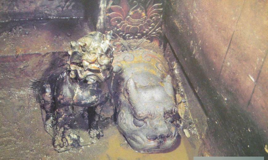 1979年, 专家挖掘了娄睿墓, 发现一件特级文物, 竟是盗墓贼嫌弃的