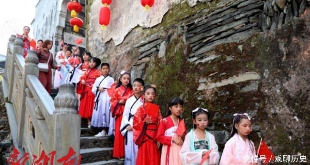 这个国庆假期 洪江古商城再创人流高峰