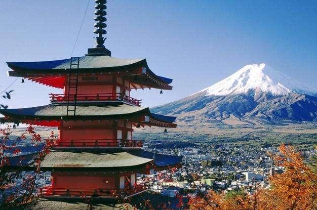 可以去日本旅游一次 很多地方还是值得我们学