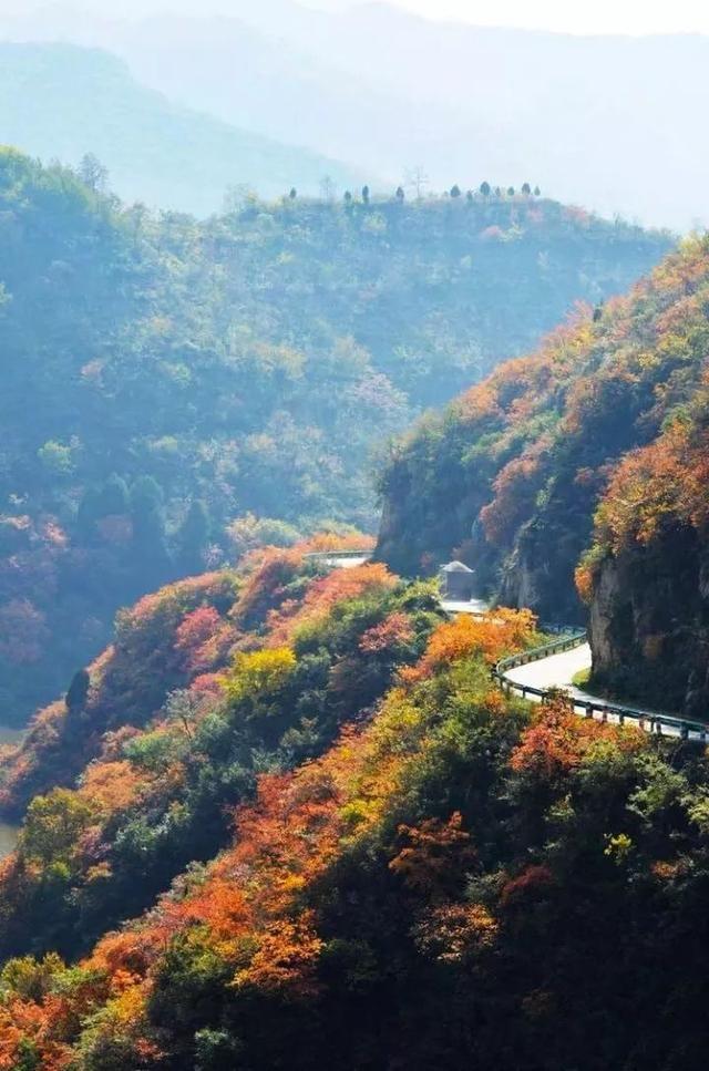 秦岭深藏敢与九寨沟媲美的地方!有条惊艳的自驾公路