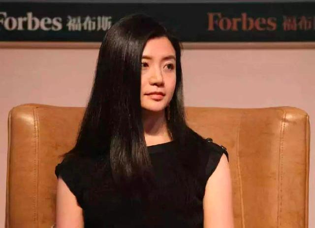 中国最美单身女富豪:身家百亿无人敢追