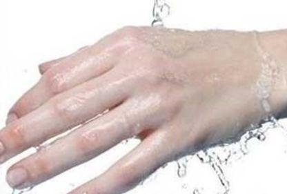 三度烫伤后不可涂抹药物!关于烫伤的这些处理技巧,你了解多少