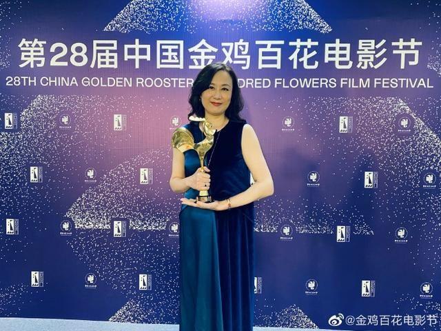 金鸡奖最佳女配揭晓,吴玉芳凭《送我上青云》时隔35年再得奖
