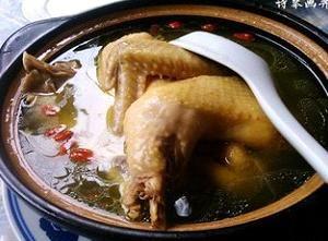 虫草花土鸡汤,小时候的味道