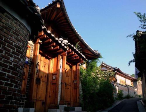 """韩国最""""繁华""""的3大景点,明洞购物天堂,另外2个让人赞叹不已!"""