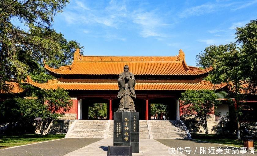 南京夫子庙,为何很多当地人都不愿意前往呢?网友:变味了