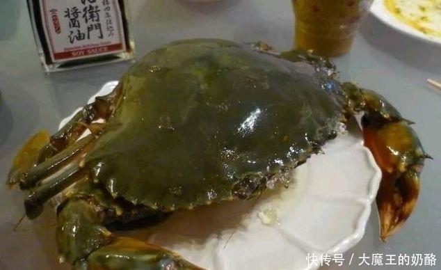 """『帝王』世界上""""最贵""""螃蟹,就连帝王蟹都自愧不如,只有土豪吃得起"""